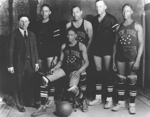 H πρώτη σύνθεση των Globetrotters το 1927