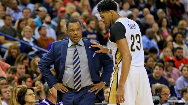 Nov 6, 2015; New Orleans, LA, USA; New Orleans Pelicans head coach Alvin Gentry talks with forward Anthony Davis (23) during the second half of a game against the Atlanta Hawks at the Smoothie King Center. The Hawks defeated the Pelicans 121-115. Mandatory Credit: Derick E. Hingle-USA TODAY Sports