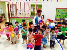 birthday-party-singapore-balloon-sculpting