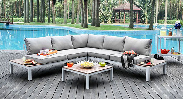 outdoor furniture liquidation outlet