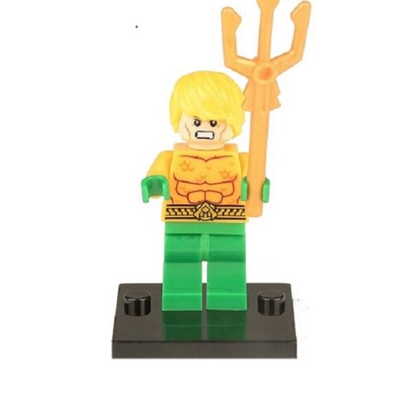 Block Minifigure Aquaman