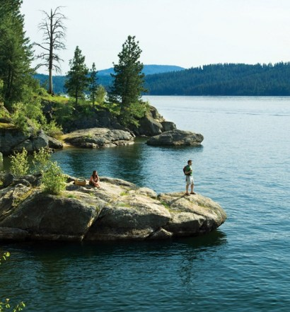 Hiking Tubbs Hill. Ph: Coeur d'Alene Resort