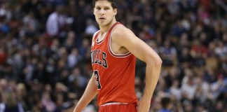 Doug McDermott had 15 points in the Bulls' victory over the Rockets.