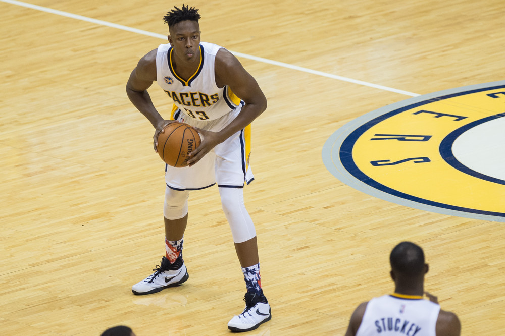 November 4, 2015: Indiana Pacers forward Myles Turner (33) looks to pass during a NBA game between the Indiana Pacers and Boston Celtics at Bankers Life Fieldhouse in Indianapolis, IN. (Photo by Zach Bolinger/Icon Sportswire)