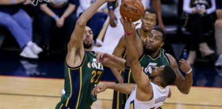 March 05, 2016: Utah Jazz center Rudy Gobert (27) blocks the shot of New Orleans Pelicans guard Eric Gordon (10) during a game between the Utah Jazz and the New Orleans Pelicans at the Smoothie King Center in New Orleans, LA. (Stephen Lew/Icon Sportswire)
