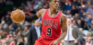 Dec 3, 2016; Dallas, TX, USA; Chicago Bulls guard Rajon Rondo (9) brings the ball up court against the Dallas Mavericks during the second quarter at the American Airlines Center. Mandatory Credit: Jerome Miron-USA TODAY Sports