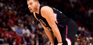 Dec 16, 2016; Miami, FL, USA; Los Angeles Clippers forward Blake Griffin (32) rests during the first half against the Miami Heat at American Airlines Arena. Mandatory Credit: Steve Mitchell-USA TODAY Sports