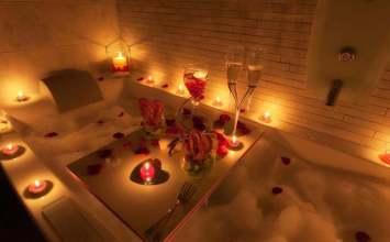 Cómo decorar el baño para el día el de los enamorados