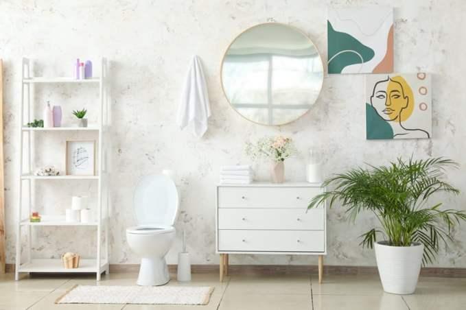 Decorar baños con cuadros