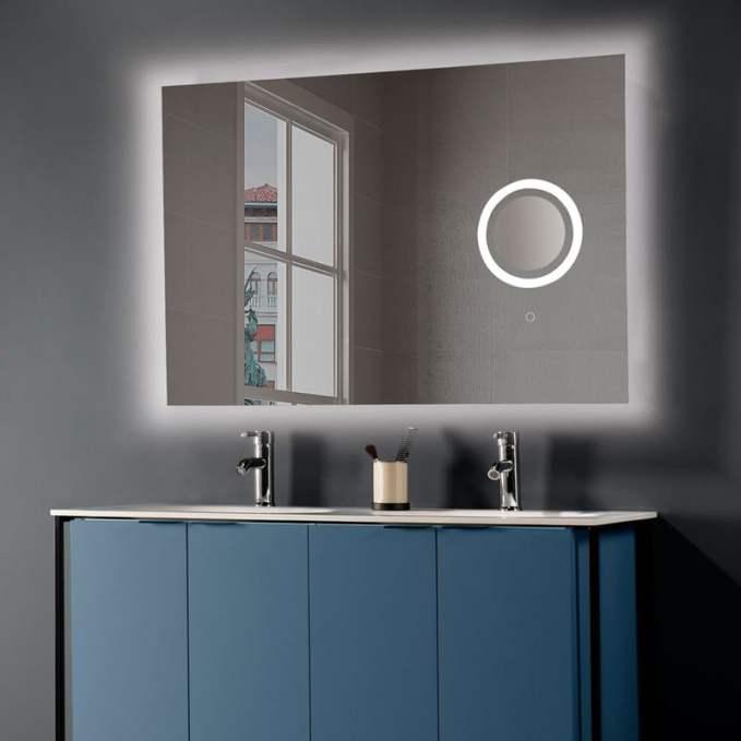 Espejo de baño con aumento.