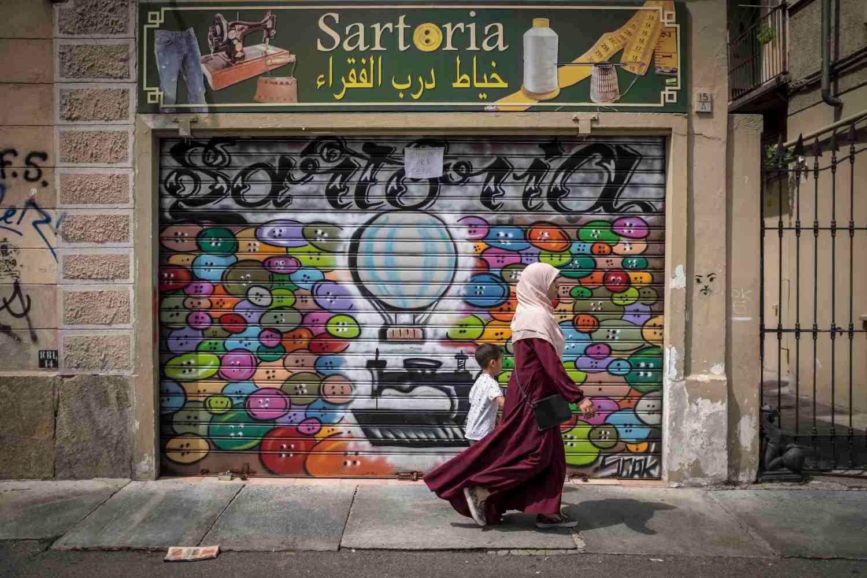 Arab labour. Turin, August 2019.