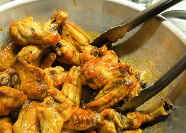 Crispy Baked Chicken Wings with Buffalo Sauce