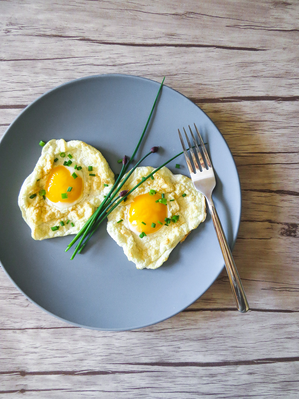 Cloud Eggs - The latest breakfast egg trend! Cloud eggs or eggs in clouds are super customizable and so easy to make! Perfect for brunch for one, a couple or many!