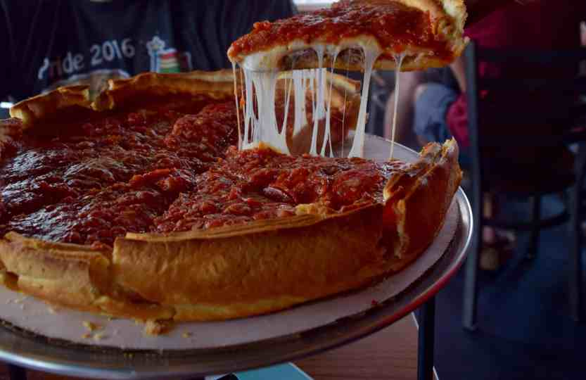 Giordano's is in Columbus // Review by The Beard and The Baker
