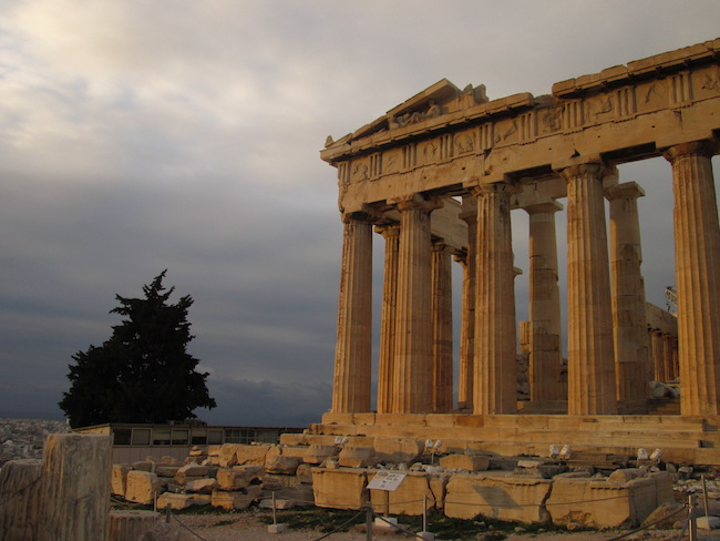 Early morning at the Parthenon