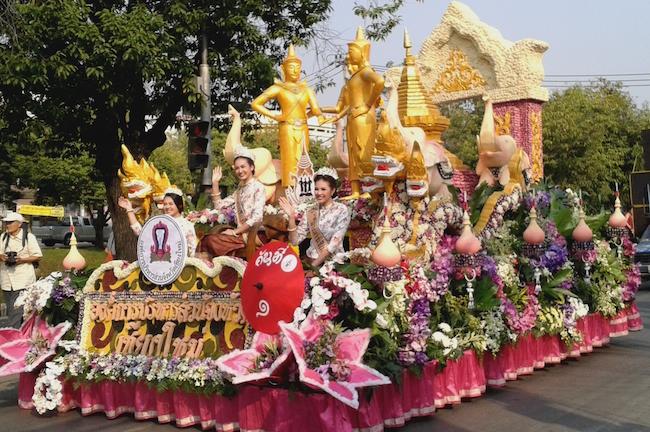 Flower Festival Parade Chiang Mai