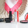 THE BEST BRIGHT LIPSTICKS | BRIGHT SUMMER LIPSTICKS | HOW TO WEAR BRIGHT LIPSTICK | SUMMER LIPPIES | HOT PINK LIPSTICK | BRIGHT CORAL LIPSTICK | THE BEST BRIGHT LIPSTICK |