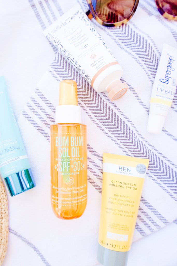 MY TOP SUNSCREENS FOR FACE & BODY | I share the best suncreen options for face & body , as well as some common sunscreen mistakes you might be making. My list inlcudes soemthing for everyone, from non toxic and clean sunscreens, to sunscreen for the athletes and the most sensitive skins so you can be safe in the sun this season. #sunscreen #nontoxic #cleanskincare #cleansunscreen #sensitiveskin #babies