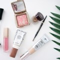 MY EASY SUMMER MAKEUP ROUTINE | I am sharing my easy summer makeup routine on the blog today, including he perfect, long-lasting cream shadow and the most perfect summer gloss. #tutorial #looks #simple #ideas #products #routine