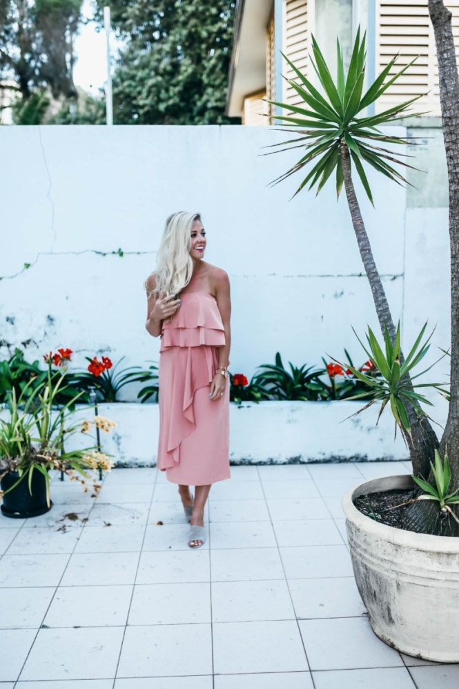 Paper Crown Ruffles | the belle abroad