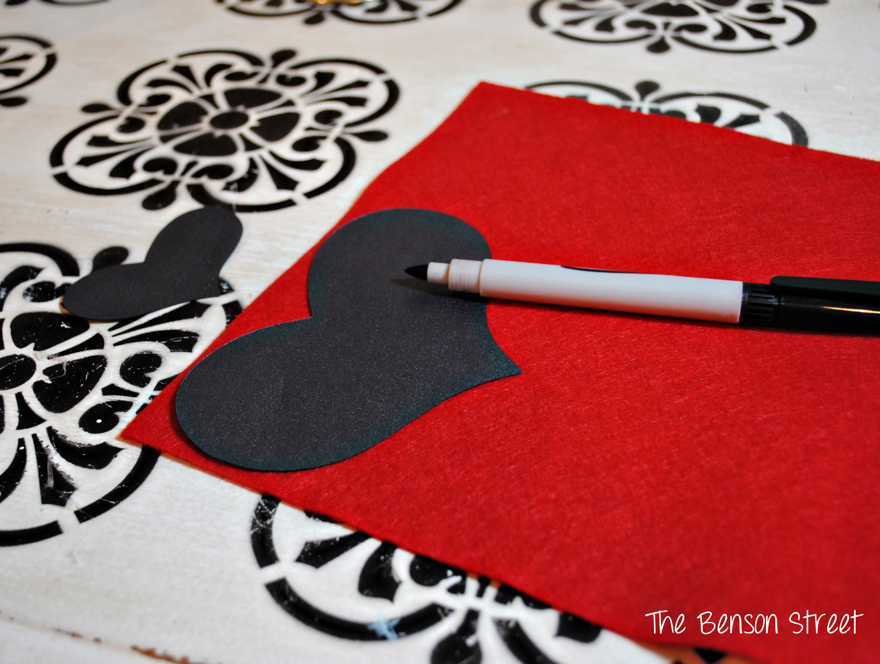 Felt Heart Table Runner1