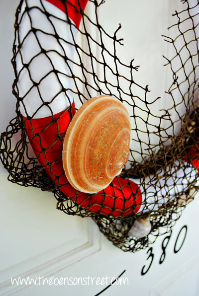 Life Saver Wreath with Seashells at www.thebensonstreet.com