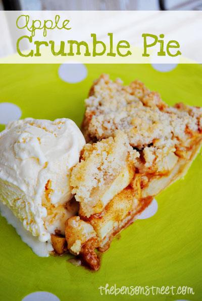 Easy Apple Crumble Pie at thebensonstreet.com