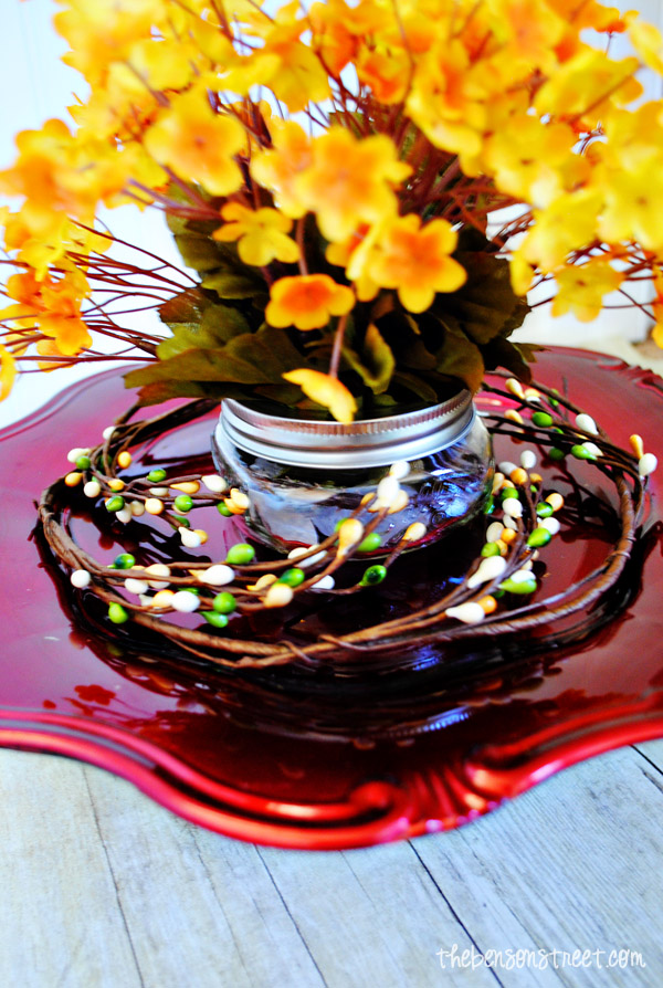 Easy Simple Thanksgiving Centerpiece at thebensonstreet.com