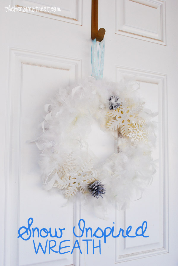 Snowflake Wreath at thebensonstreet.com