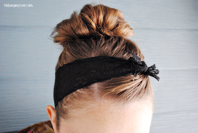 Make your own lace headwrap at thebensonstreet.com