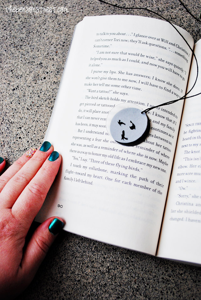 Easy DIY Divergent Inspired Necklaces at thebensonstreet.com