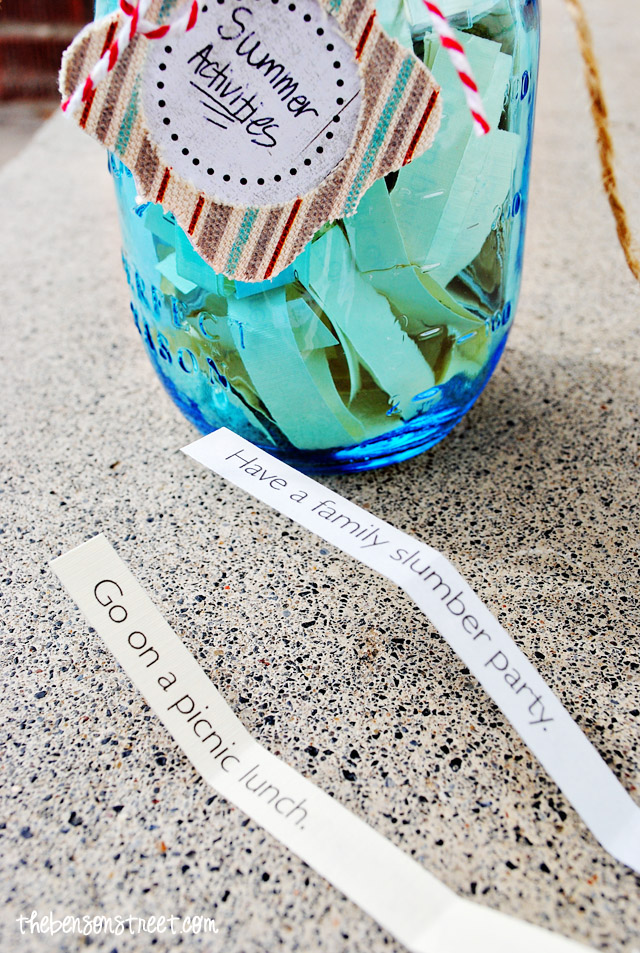 Keep Kids busy with this Activity Jar for Summer at thebensonstreet.com