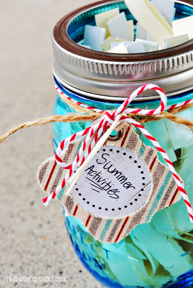 Keep Kids busy with this amazing summer activity jar at thebensonstreet.com