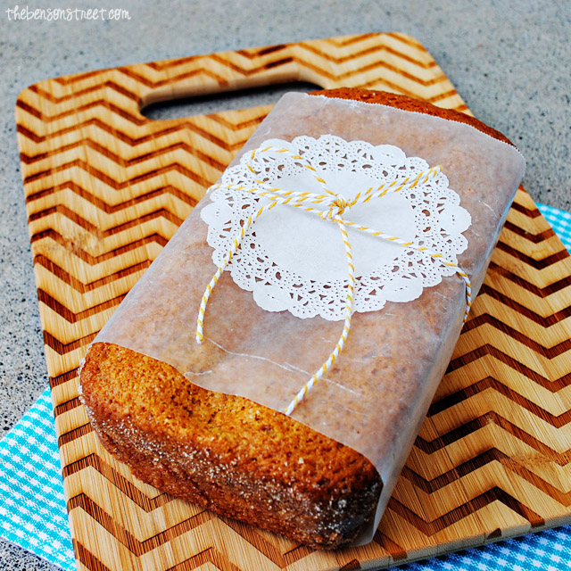 Make your own Friendship Bread Recipe, printable recipe and starter at thebensonstreet.com