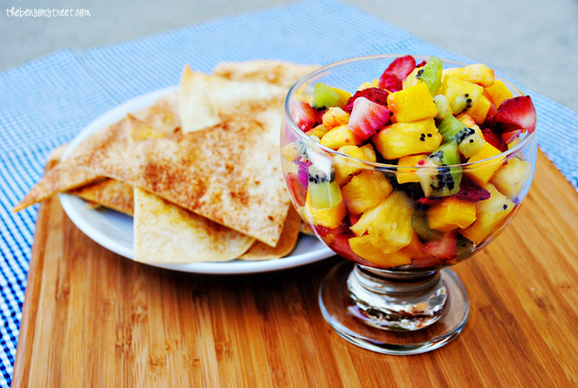 Fruit Salsa with Cinnamon Tortilla Chips at thebensonstreet.com