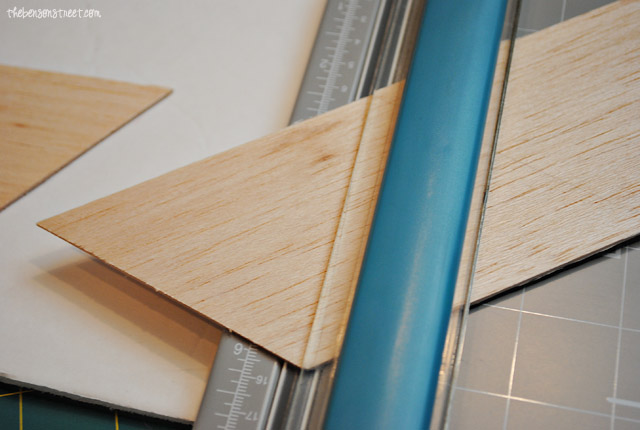 Quick, Easy $5 Wooden Bunting at thebensonstreet.com