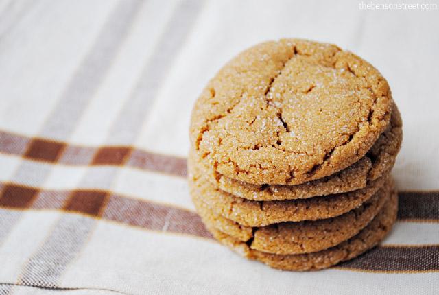 Yummy molasses cookies at thebensonstreet.com
