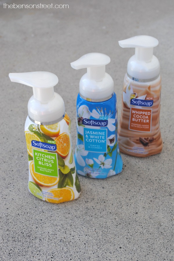 New Softsoap Foaming Soaps a perfect gift at thebensonstreet.com
