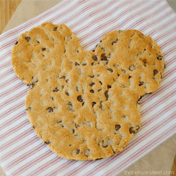 How to make a giant chocolate chip mickey mouse cookie at thebensonstreet.com
