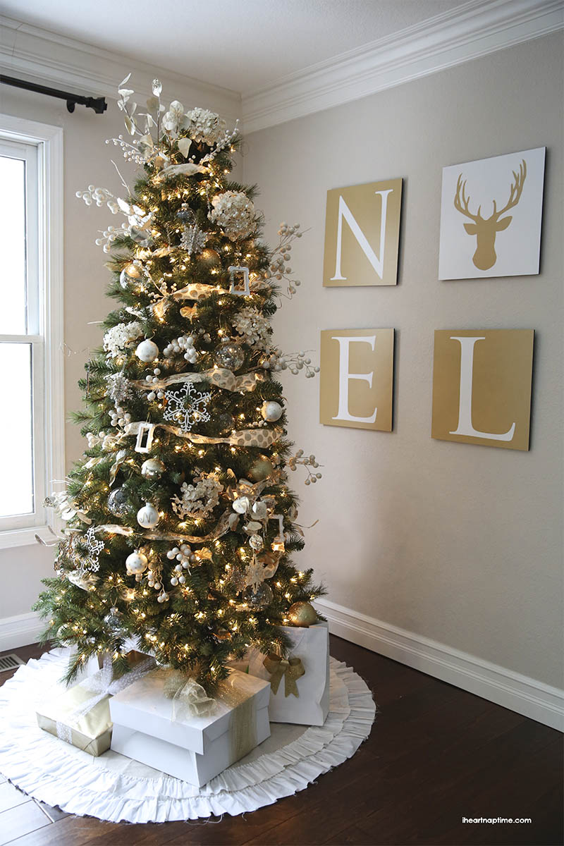 Gold-Christmas-tree-I-Heart-Nap-Time