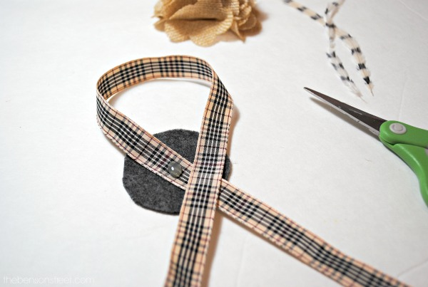 Lovely Thanksgiving Napkin Rings at thebensonstreet.com