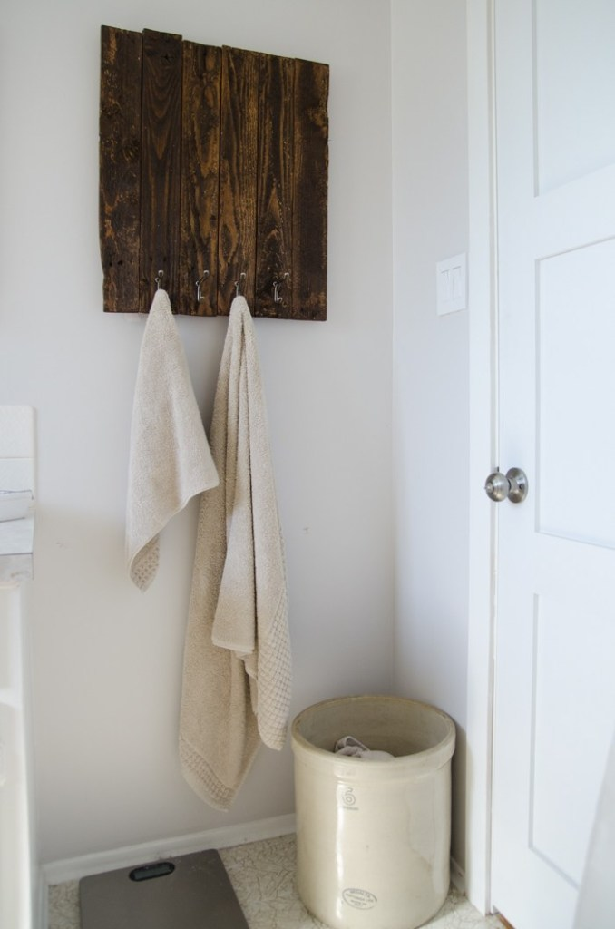 Towel-Rack-Web20140728-1
