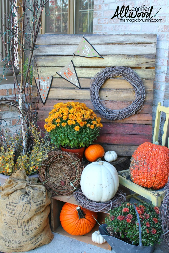 fall-pallet-front-porch-decor1-683x1024