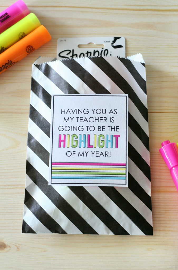 Back-to-School-Teacher-Highlighter-Gift-Idea-41