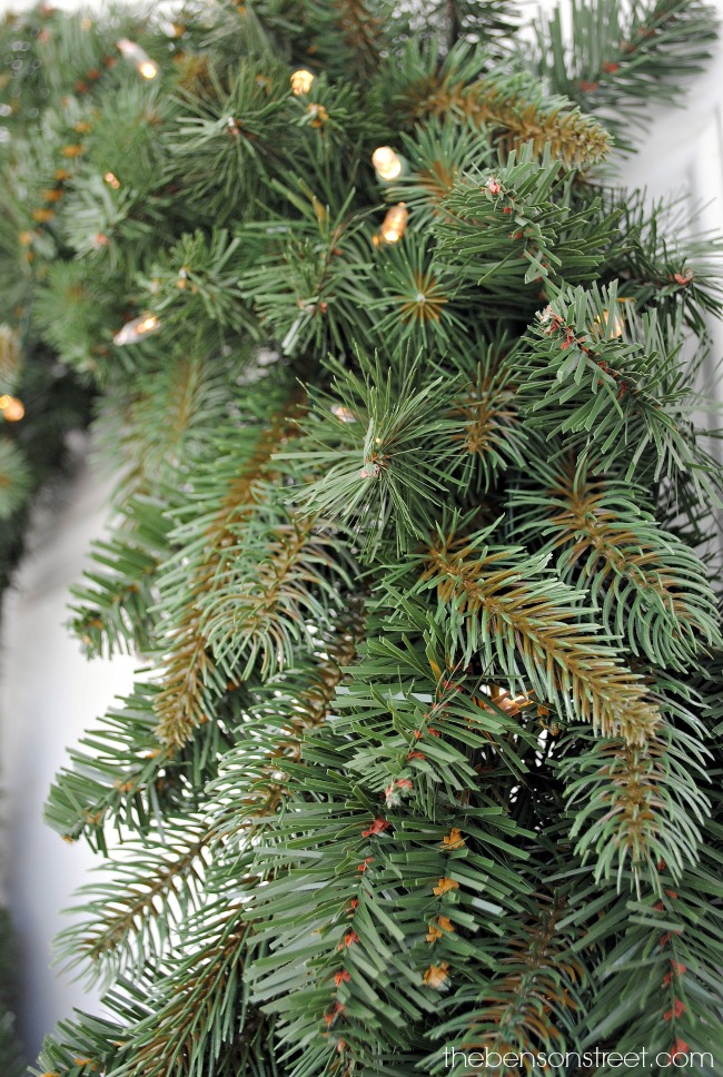 How To Decorate A Christmas Wreath Porch Decor The