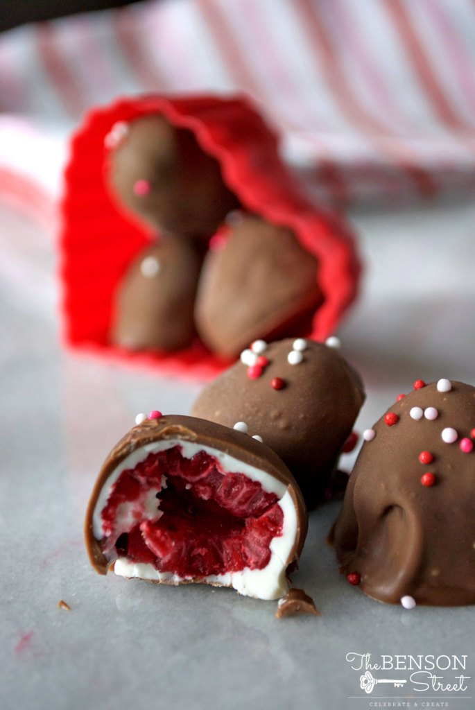 Looking for a fun twist on homemade Valentine's Day candy? These frozen chocolate covered raspberries are delicious and simple to make. An impressive gift giving combo at thebensonstreet.com