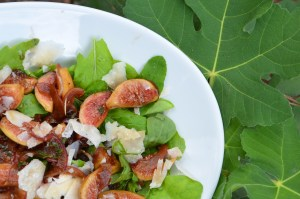 Quick Pickled Fresh Fig & Onion Salad with Arugula and Parmesan
