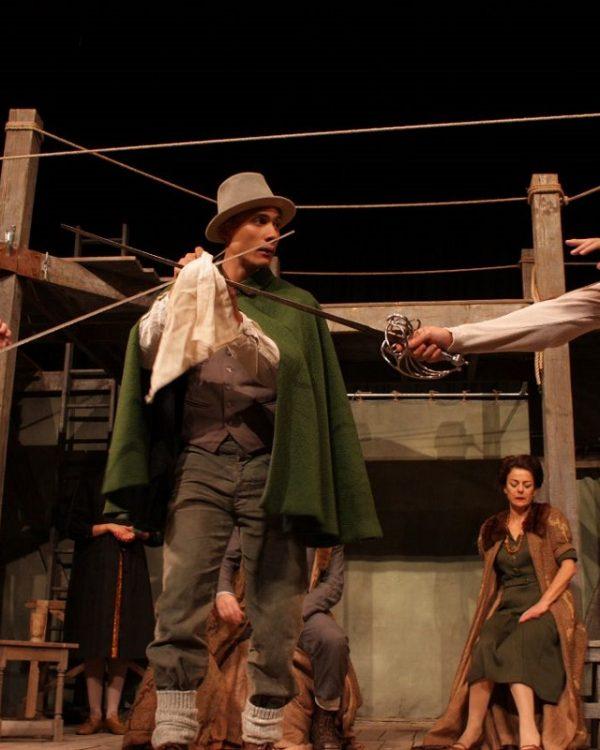 Shakespeares-Globe-Theatre-HAMLET