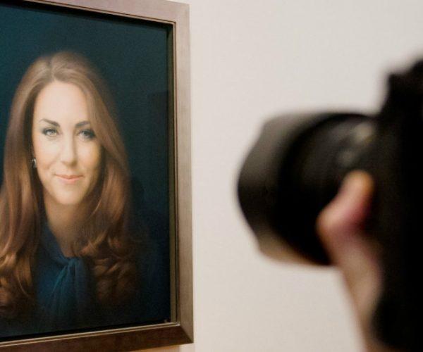 130111132642-duchess-of-cambridge-portrait-horizontal-large-gallery-2