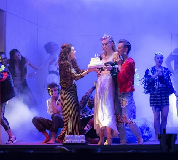 3140 Vanessa Kirby as Julie and cast in Julie at the National Theatre (c) Richard H Smith
